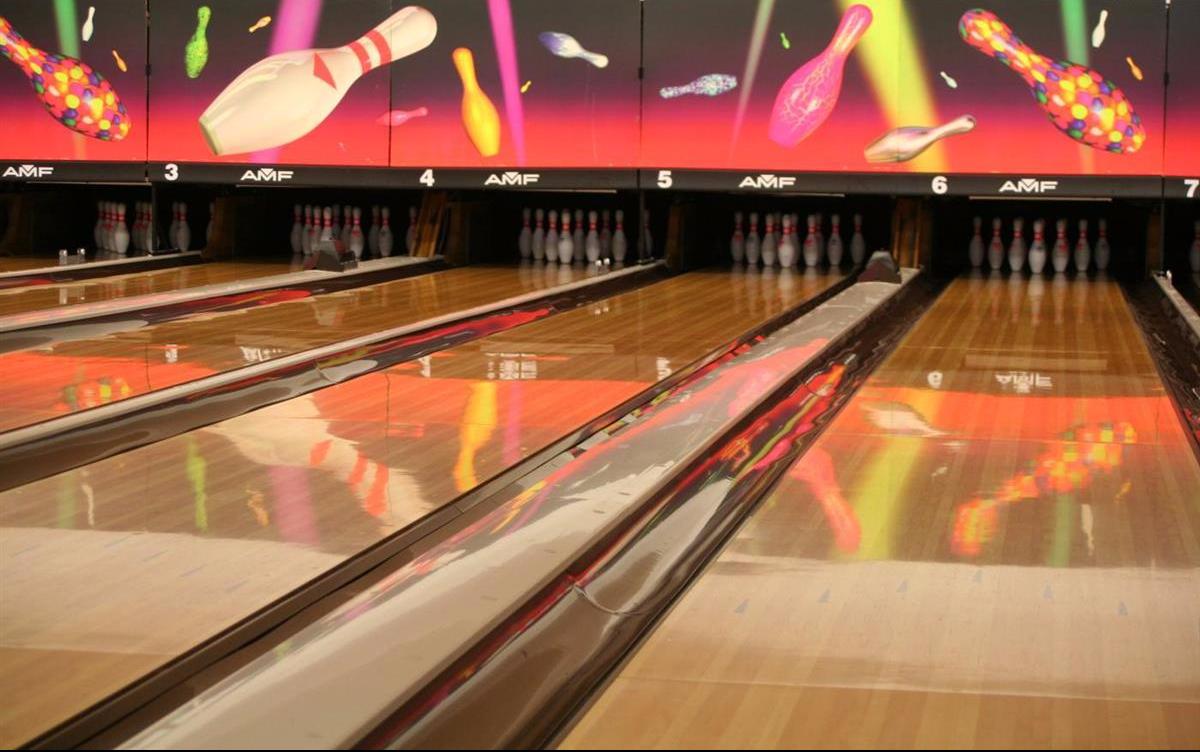 Bowling Alma.jpg